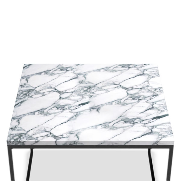 MARBLE TABLE BLACK CLOSE UP 03